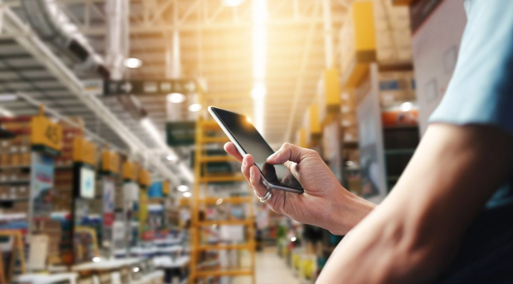 warehouse worker tracking with smartphone